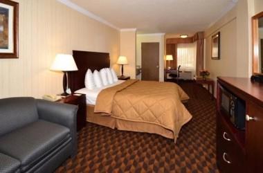 comfort-inn-suites-lax-airport-bedroom