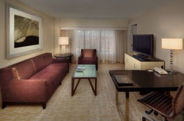 hilton-los-angeles-airport-suite