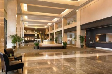 westin-los-angeles-airport-lobby