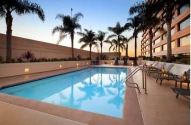 Westin Los Angeles Airport Pool